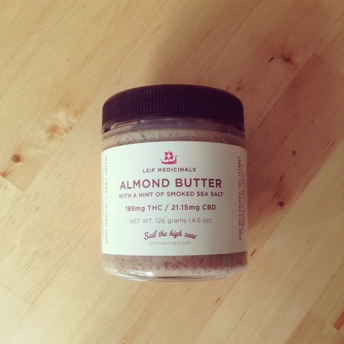 Almond butter Logo
